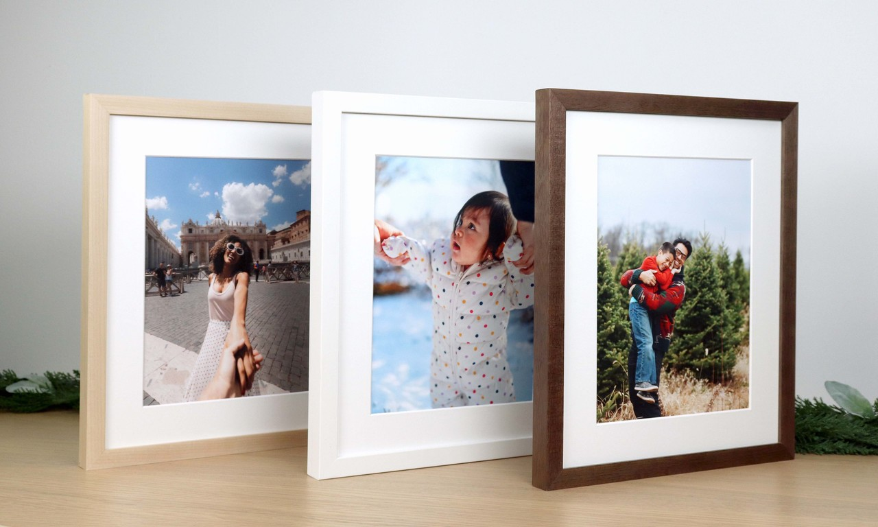 Frame a Photo with Level Frames Quick Ship