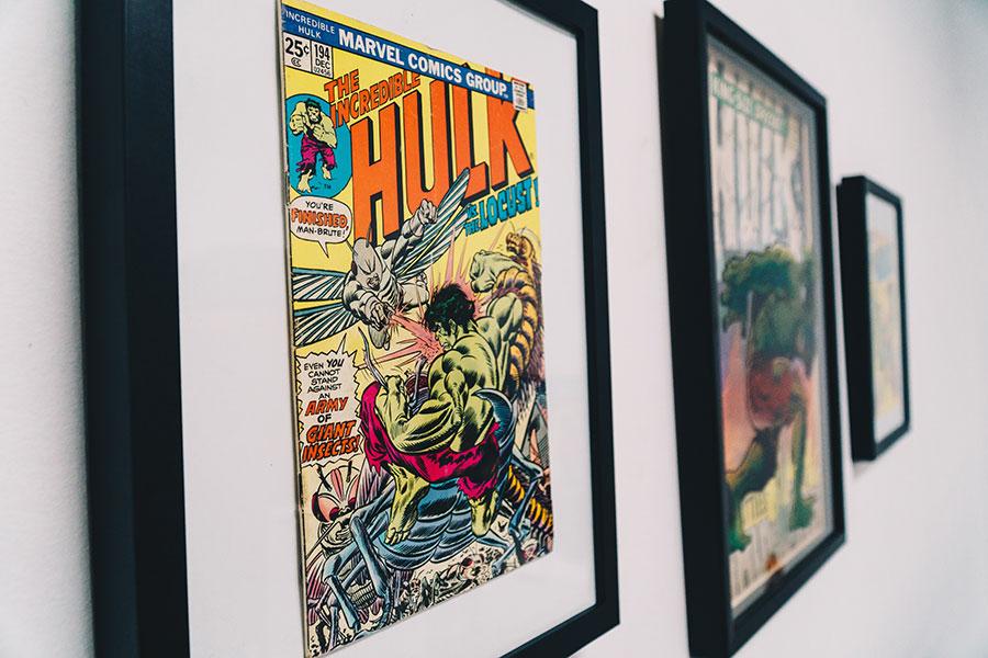custom frame comic books
